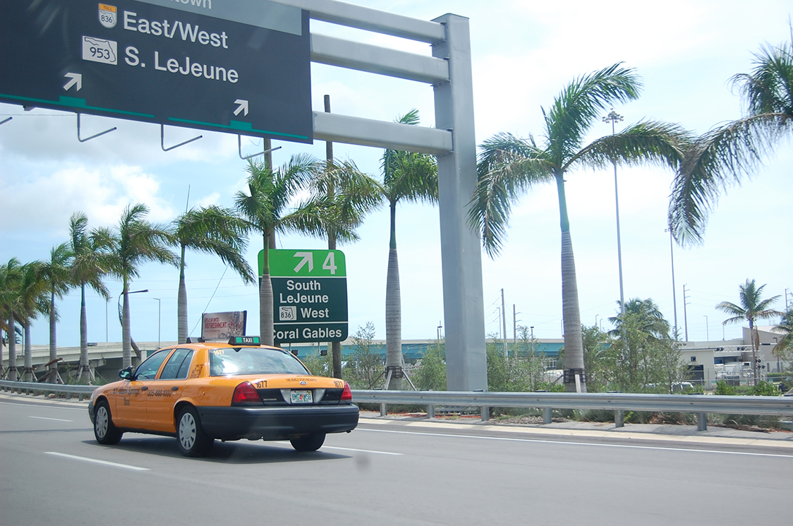 Bow Tie Blue Viaje a Miami_3