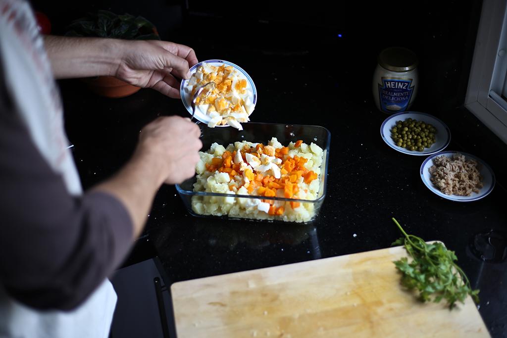 Bow Tie Blue Receta Ensaldilla Rusa con Mayonesa Heinz Realmente Deliciosa_14