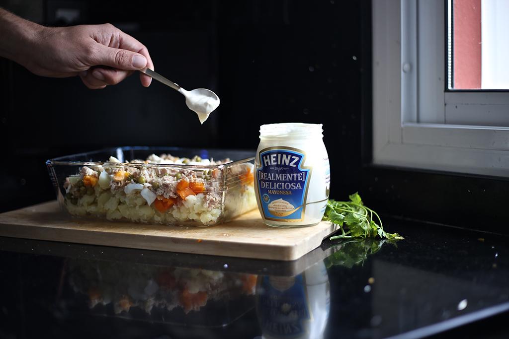Bow Tie Blue Receta Ensaldilla Rusa con Mayonesa Heinz Realmente Deliciosa_15
