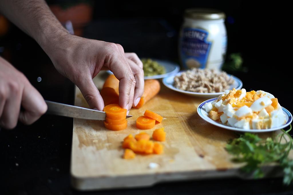 Bow Tie Blue Receta Ensaldilla Rusa con Mayonesa Heinz Realmente Deliciosa_9