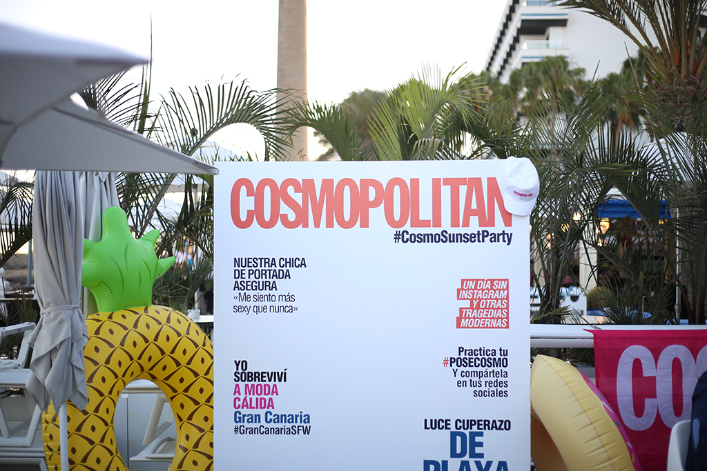 Bow Tie Blue Cosmopolitan Beach Club Party El Senador Moda Cálida_18