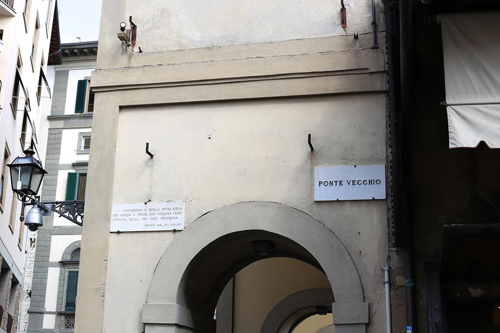 Bow Tie Blue Ferragamo Ponte Vecchio Florencia_14