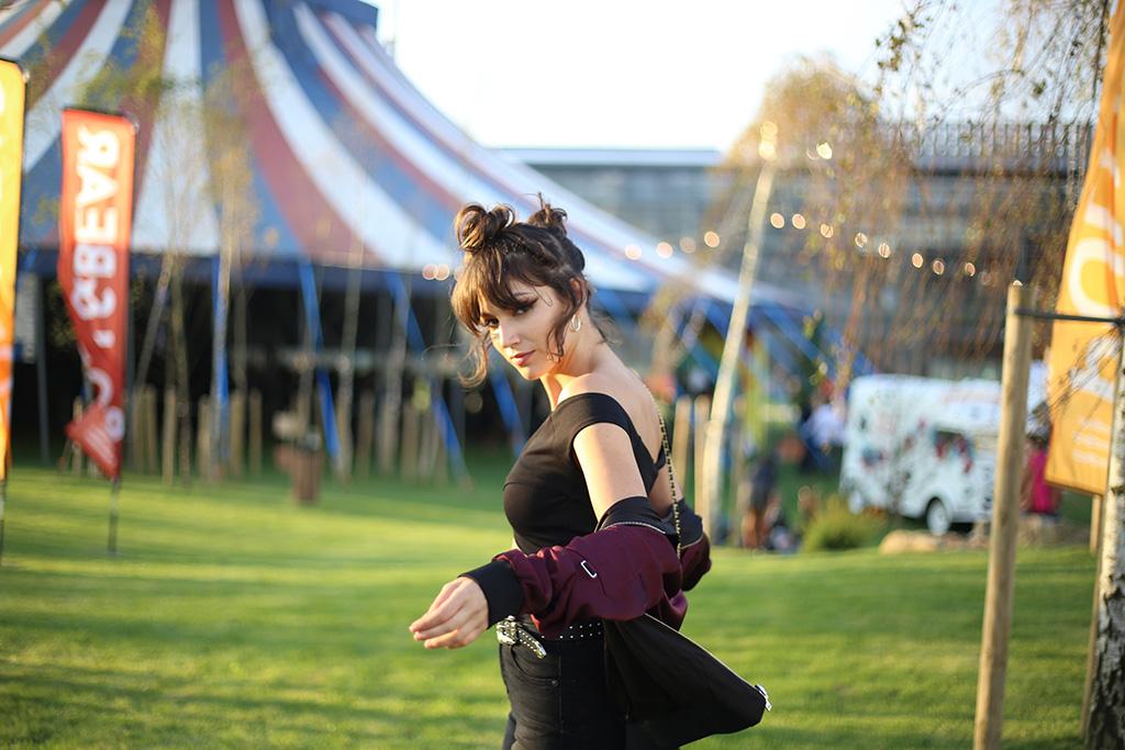 bow-tie-blue-pull-bear-festival-naron_39